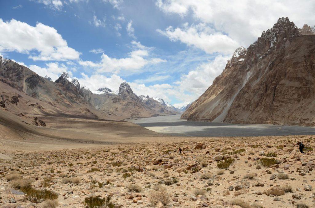 Wo der Wind betet: Das Shaksgam Tal in den nordöstlichen Ausläufern des Karakorum-Gebirges. Ende des 19. Jhdts. vom britischen Offizier Francis Younghusband erkundet, heute unter Chinesischem Hoheitsanspruch.